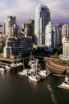 #‎IndustryNews‬ #wajidTeam Toronto, Vancouver Face Housing Shortage Amid Warning Price Boom May 'End Badly'