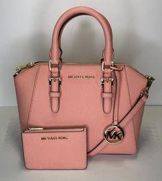 Michael Kors Messenger Ciara Md Handbag & Matching Wallet Pale Pink Saffiano Leather Satchel,… – purses and handbags totes Trendy Purses, Big Purses, Cheap Purses, Cute Purses, Purses And Handbags, Cheap Handbags, Cheap Bags, Hobo Purses, Wholesale Handbags