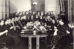 Ompeluseura. Christian sewing club. Helsinki, 1933.