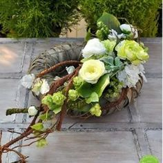 Beautiful Rose Flowers, Deco Floral, Floral Wreath, Wreaths, Vegetables, Home Decor, Crowns, Floral Arrangements, How To Make