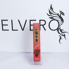 Betisoare parfumate japoneze cu aroma de smirna - Myrrh Aceste betisoare sunt realizate de Nippon Kodo si fac parte din gama Morning Star creata in 1960. Ingredientele sale de calitate, eleganta aromelor, calitatea betisoarelor si ambalajele aspectuoase mentin aceste betiosoare la un nivel superior.
