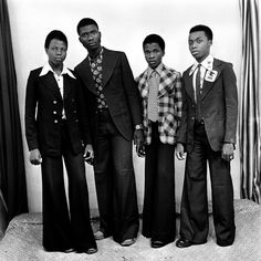 Malick Sidibé is a Malian photographer noted for his black-and-white studies of popular culture in the in Bamako Style Année 70, Afro, Scott Schuman, Vintage Black Glamour, Harrington Jacket, Youth Culture, African Men, Black Boys, Black Men