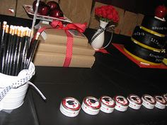 College grad party-- This is such a cool article on how to throw a education themed college grad party! :)