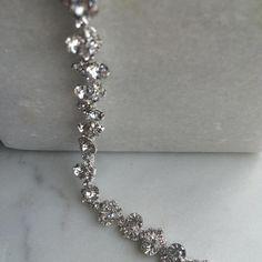 Crystal choker by @wearekopolonia  #crystalchoker #shiny #shinychoker #choker #accessories #jewelry #90sfashion #90svibe #fashion #style