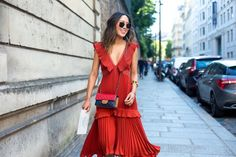 Street Style From Paris Fashion Week - Street Style 2016, Looks Street Style, Looks Style, Fashion Week, High Fashion, Fashion Outfits, Womens Fashion, Paris Fashion, Ohh Couture