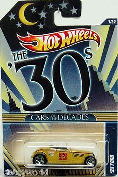 2011 Hot Wheels DECADES 1933 Ford Roadster #1/32 LQQK