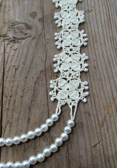 Statement pearls necklace, layering necklace, beaded collar, crochet necklace, bridal necklace, womens gift! Pearl beaded statement necklace, cream crochet motifs and pearl beads come together to form this choker style crochet motif necklace. Elegant and fashionable. The thread I use is cotton and it can be used comfortably at four seasons. It will look exactly like the picture. Size: approximately 46 cm (11) and adjustable.  Other Statement Necklaces from My Shop: https://www.etsy....