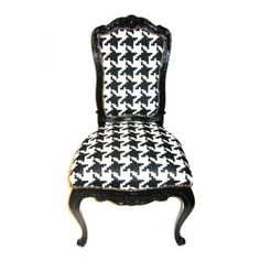 I like this chair.