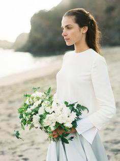 Modern coastal bridal gown in pale blue with an organic bouquet | Wedding Sparrow | Ishani Gowri Photography #weddingideas