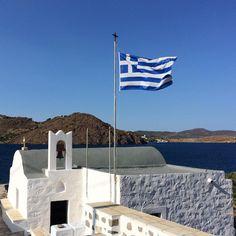Le meilleur de la Grèce #patmos Greek Easter, Under The Lights, Blue And White, Bright, Candles, Silver, Gold, Instagram, Candy