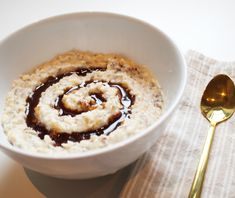 Easy, creamy, yummy and proteinpacked Protein Oatmeal, Cinnabon, Little Kitchen, Granola, Pie, Breakfast, Easy, Desserts, Food