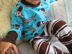 Ipanappi: Collegepaita Raksuista Sewing Blogs, Floral Tops, Onesies, Clothes, Women, Fashion, Outfits, Moda, Clothing
