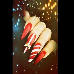Merry Christmas Nails   Rocking that Red  &  ❤ my claws  #redlipsruletheworld #rednails #stilettonails #christmasnails #christmasnailart #longnails #claws