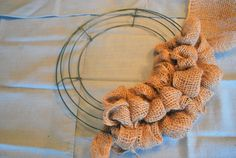 How to make a burlap wreath with no wire or pipe cleaners