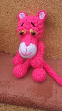"""Rosa y su Pantera ♥ Todos son trabajos de amigas tejedoras de Chibigumis!!!!!!! basados en el patrón """" La Pantera Rosa"""" by Chibigumis♥ (Patrón disponible con solo dejar un mensaje privado solicitándolo!♥)"""