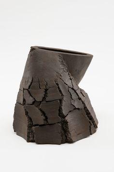 Untitled MV-1414, 2014, ceramic - Akiyama Yo