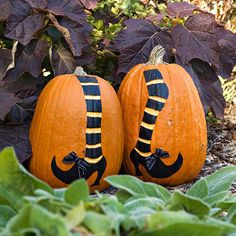 Pumpkin Decorating Ideas: Create a witch leg design on pumpkins with paint and bows