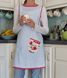 I like aprons that actually cover most of the potential spill areas! Grandma, Amish aprons... bring em on.