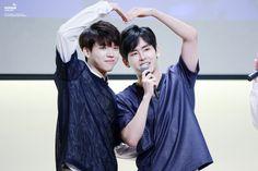 150718 #인피니트 Woohyun Hoya - Jongro Fansign