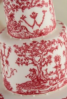 Toile de Jouy cake from Cakes Haute Couture - beautiful - they do amazingly pretty cakes!