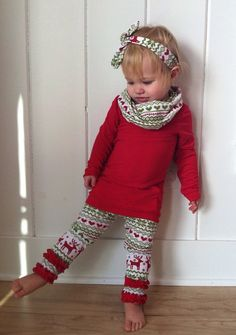 Christmas leggings with ruffle bottom Red Green by YourLittleLoves