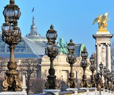 The Wonderful City of Arts and Technology, Holidays in Paris
