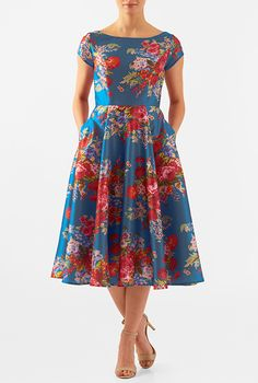 An elegant wide boat neck tops our fit-and-flare polydupioni dress featuring floral print all over. Plus Size Dressy Dresses, Simple Dresses, Casual Dresses, Modest Fashion, Boho Fashion, Fashion Dresses, Fashion Wear, Ankara Dress, African Dress