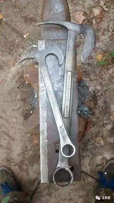 相信各位刀友愛好者們,都想要通過利用自己身邊的一些小東西來製造成刀具。可是想是一回事,要動手自己做...