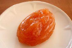 Agriturismo Ragusa: la marmellata di mele cotogne è un prodotto tipico che si può degustare presso il buon ristorante dell'agriturismo Tenuta Carbonara