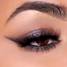 Droopy Eye Makeup, Brown Smokey Eye Makeup, Makeup Eye Looks, Dark Makeup, No Eyeliner Makeup, Blue Eye Makeup, Metallic Eye Makeup, Hooded Eye Makeup Tutorial, Glitter Makeup Tutorial