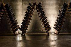 Botellero Bodega Chozas Carrascal. Requena. #rutadelvinoutielrequena #enoturismo #vino Wall Lights, Lighting, Home Decor, Tourism, Wine Rack, Wine, Wine Cellars, Paths, Appliques