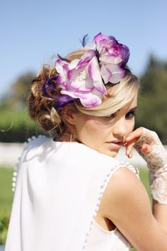 Fascinator: Lisa  Dress: Gat Rimon from FAME AGENDA  Model: Bonnie Farrell  Photography: Tatanja Ross Photography  MUA: Rani Gaut Make-Up Artist — with Bonnie Farrell at Flemington: Home of the Melbourne Cup Carnival.