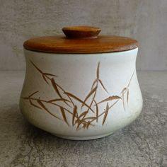 Vintage Ellis Pottery, no.68. Made in Australia.  Mid Century Australian Pottery.