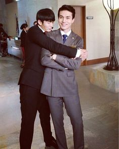 Lee Dong Wook and Lim Seulong, Hotel King