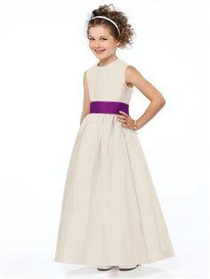 Flower Girl Style FL4032 http://www.dessy.com/dresses/flowergirl/fl4032/