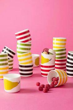 Mugs Marimekko Finland Marimekko, Lassi, Beautiful Family, Scandinavian Style, Finland, Simple Designs, Crock, Coffee Cups, Home And Garden