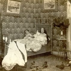 History Discover Rare Weird And Funny Pictures Show Hilarious Side Of Victorian Era Life - Subjects Victorian Life Victorian Photos Antique Photos Vintage Pictures Vintage Photographs Old Pictures Vintage Images Old Photos Funny Pictures Victorian Life, Victorian Photos, Antique Photos, Vintage Pictures, Vintage Photographs, Old Pictures, Vintage Images, Old Photos, Funny Pictures
