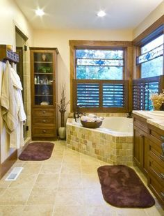 With Jacuzzi Tub