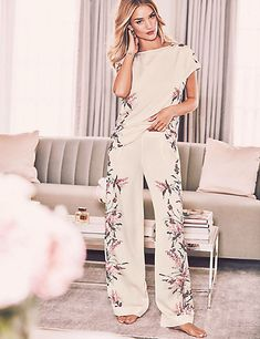 Floral Print Lace Back Pyjama Set