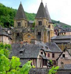 Ste Foy abbey church (France - Via Podiensis)