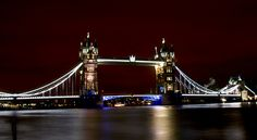 LONDRA 2012 : Tower Bridge di notte