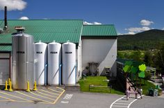 The Ben Jerry s Factory in Waterbury 34 Reasons Vermont Is The Most Beautiful Place In The World Beautiful Places In The World, Places Around The World, Waterbury Vermont, East Coast Road Trip, Vacation Pictures, Best Vacations, Vacation Trips, Vacation Ideas, Best Places To Eat