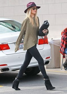 Rosie Huntington-Whiteley Street Style February 2014