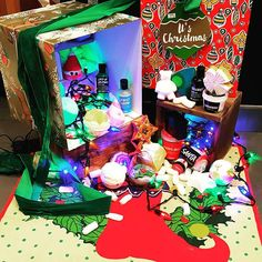 Looking for the perfect gift for a die hard lush fan? It's Christmas has it all! Bubbles, bombs, jellies, fun, shower and more.it's festivity at its finest! Lush Christmas, Christmas Presents, Shower Jellies, Lush Cosmetics, Lush Bath, Die Hard, B & B, Bath Bombs, Cruelty Free