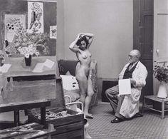 Henri Matisse sketches a nude model, Paris, 1939