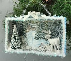 45 Easy DIY Dollar Store Christmas Decorations for Decorating on a Budget - The Trending House Retro Christmas Decorations, Christmas Card Crafts, Christmas Paper, Christmas Projects, Handmade Christmas, Holiday Crafts, Vintage Christmas, Christmas Holidays, Christmas Ornaments