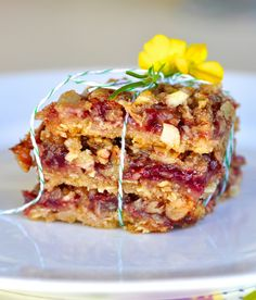 Two Blue Lemons: Raspberry Oat Bars