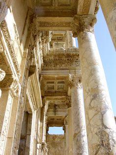 Columnas Biblioteca
