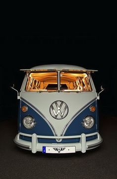 VW T1 Fensterbus - love the lighting in the  old split window...   re-pinned by http://www.wfpblogs.com/category/a-perfect-gentleman/