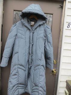 80 Saxton  Hall  hooded Quilted Down Coat black Puffer Coat
